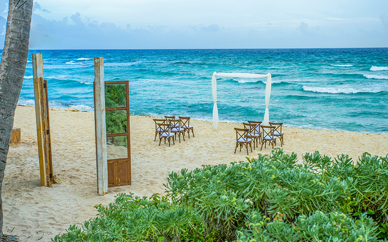 Intimate Cancun Destination Wedding Ceremony