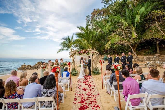 Las Caletas wedding ceremony