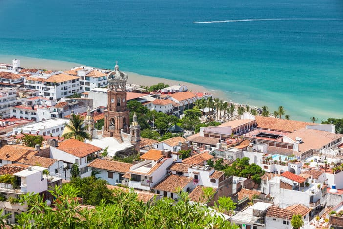 Why Puerto Vallarta Is the Perfect Destination Wedding Location