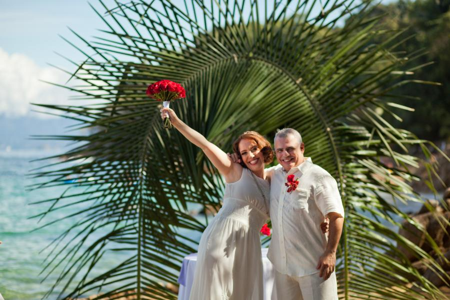 Couple Celebrating Marriage with Barefoot Package at Las Caletas in Puerto Vallarta