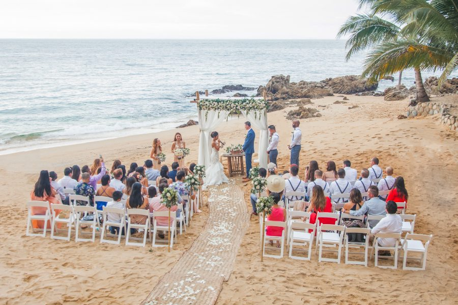 Wedding Ceremony at Las Caletas with the Premier Wedding Package